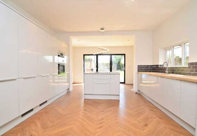 bramhall-lane-open-kitchen